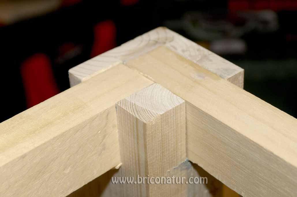 Un buen taller de bricolaje adem s de herramientas y una for Construir mesa de madera