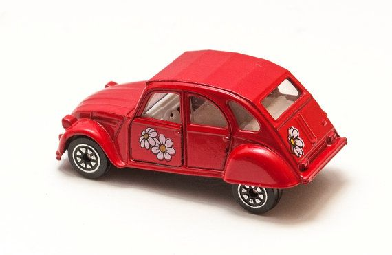 corgi cars model red citroen 2 cv 6 great by