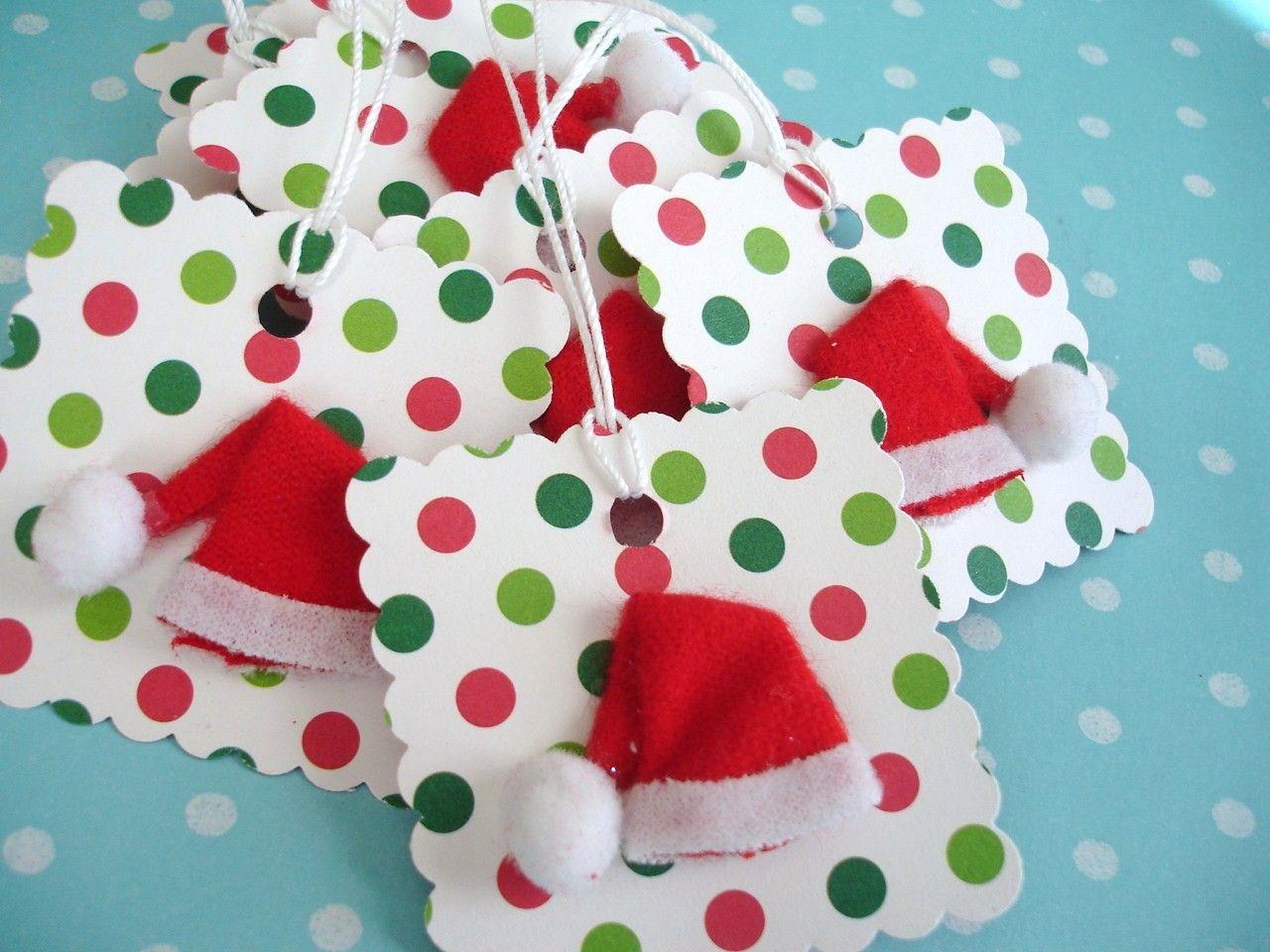 Inspiration: Christmas Santa Hat Gift Tag... Look easy to make...