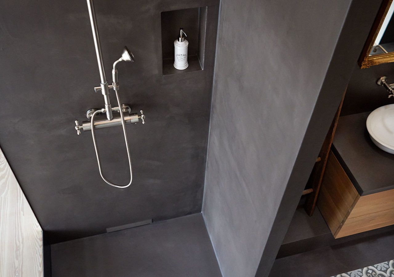 Fugenloser Bodenbelag Wandbelage Naturofloor Mineralische Bodenbelage Efh Rothenburg Bodenbelag Badezimmer Sanieren Badezimmer