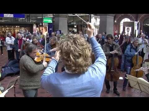 Copenhagen Philharmonic flash mob.