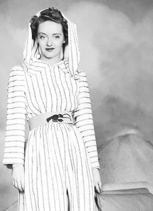 Bette Davis, 1930s.....Uploaded By www.1stand2ndtimearound.etsy.com   Bette  davis, Bette davis eyes, Bette