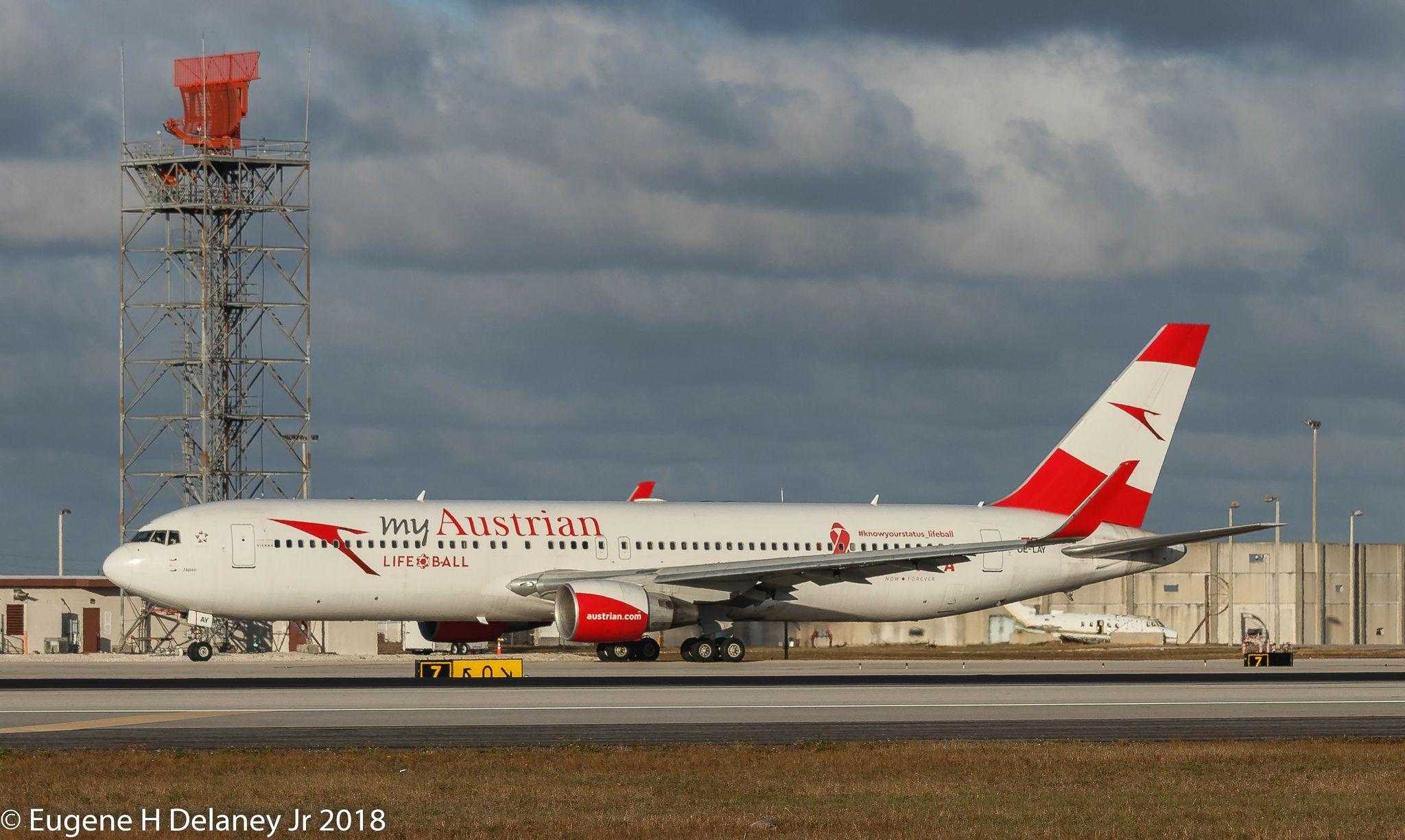 Austrian airlines ag oelay boeing bz er wl msn