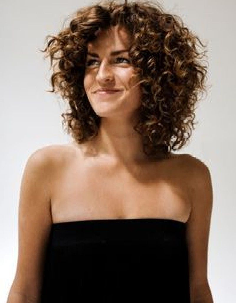 Shoulder Length Curly Hairstyles With Layers Top 10 Medium Length