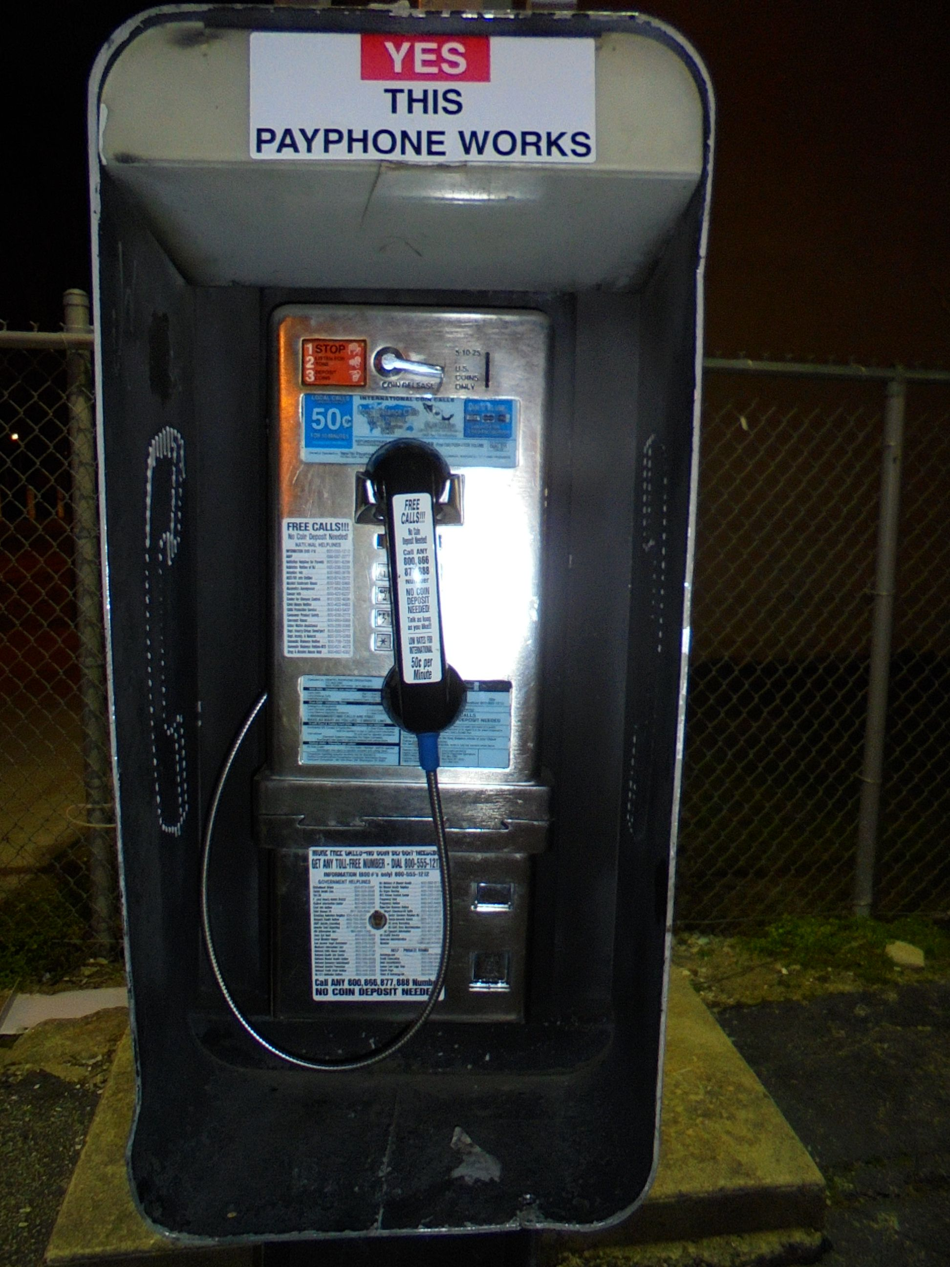 This #payphone on #Germantown #Avenue in #Philadelphia #robs you of your #money at the #Sunoco #gas #station on #Washington #lane