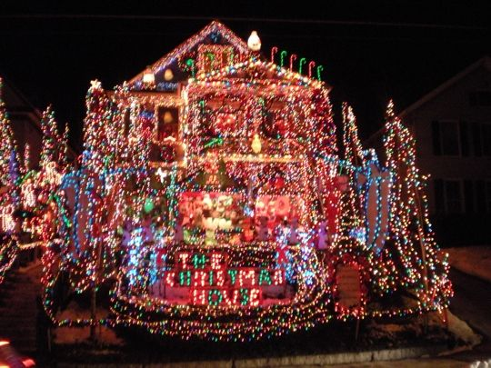 the christmas house torrington ct kid friendly activity reviews trekaroo - Christmas House Pictures
