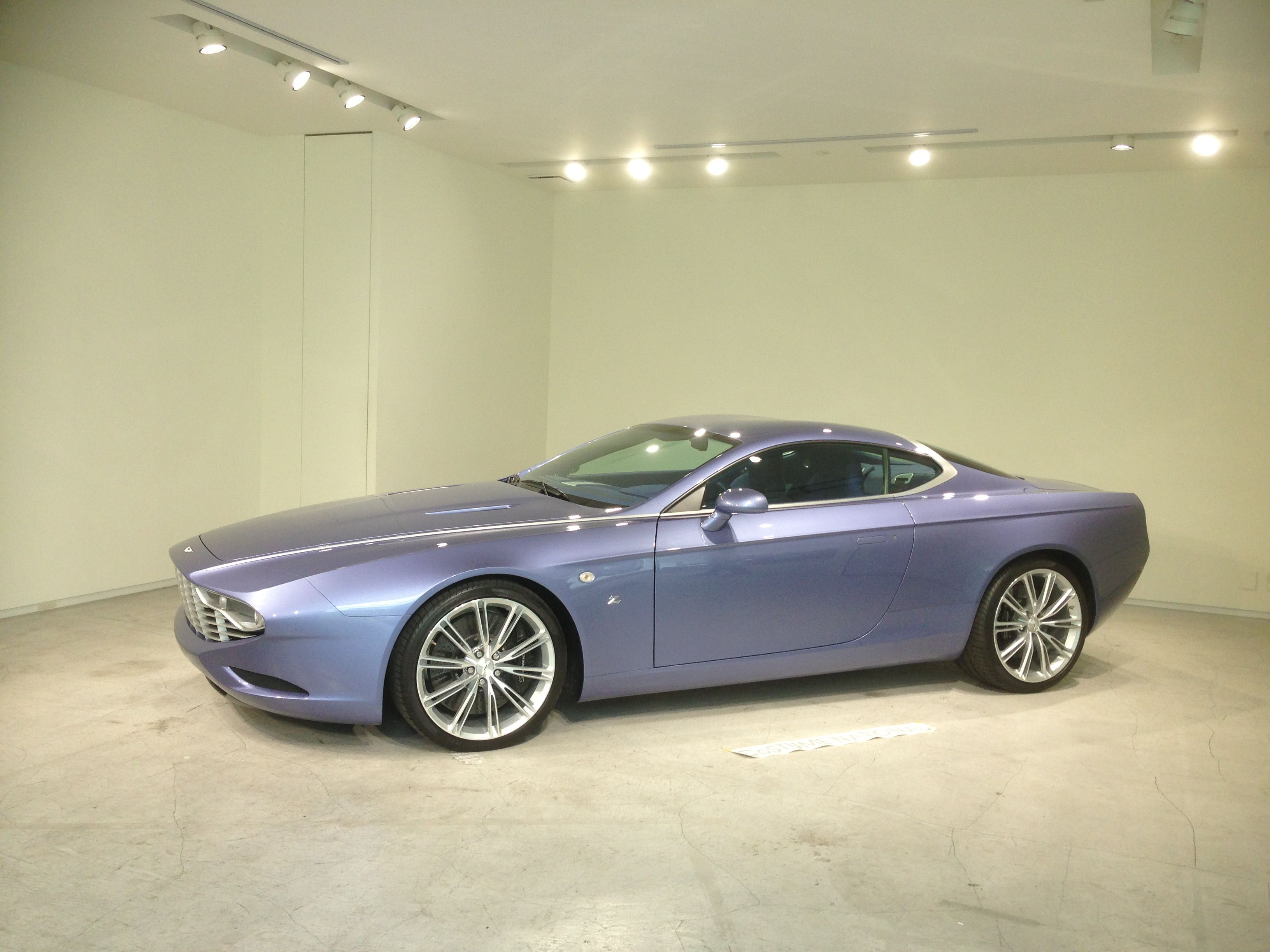 only one on the earth Aston Martin DBS Coupe ZAGATO CENTENNIAL
