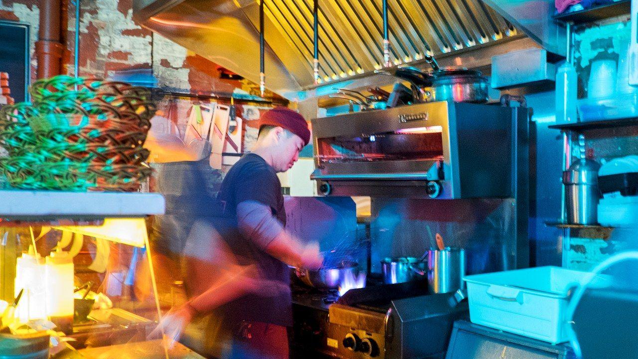 Hanmoto Review Toronto, Diy pull out shelves, Dream city