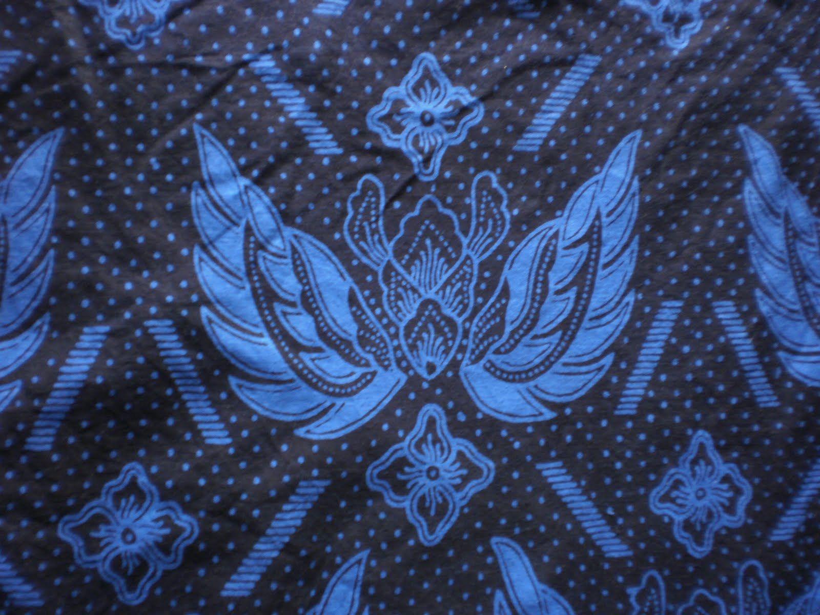 baduy batik  this type of batik only employs indigo  tarum