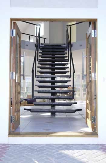 Best Monostringer Stair 4 Staircase Floating Staircase 400 x 300