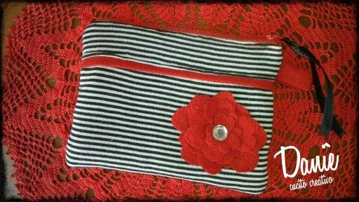 Daniè CucitoCreativo. Pourse, Necessaire stripes & red Flower