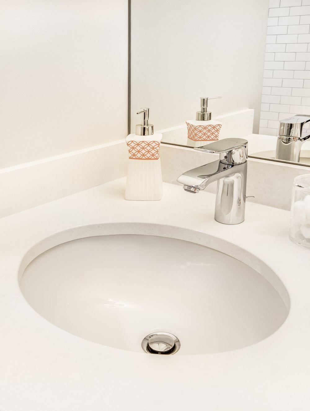 White bathroom interior design transitional white bathroom interior design by colleen knowles