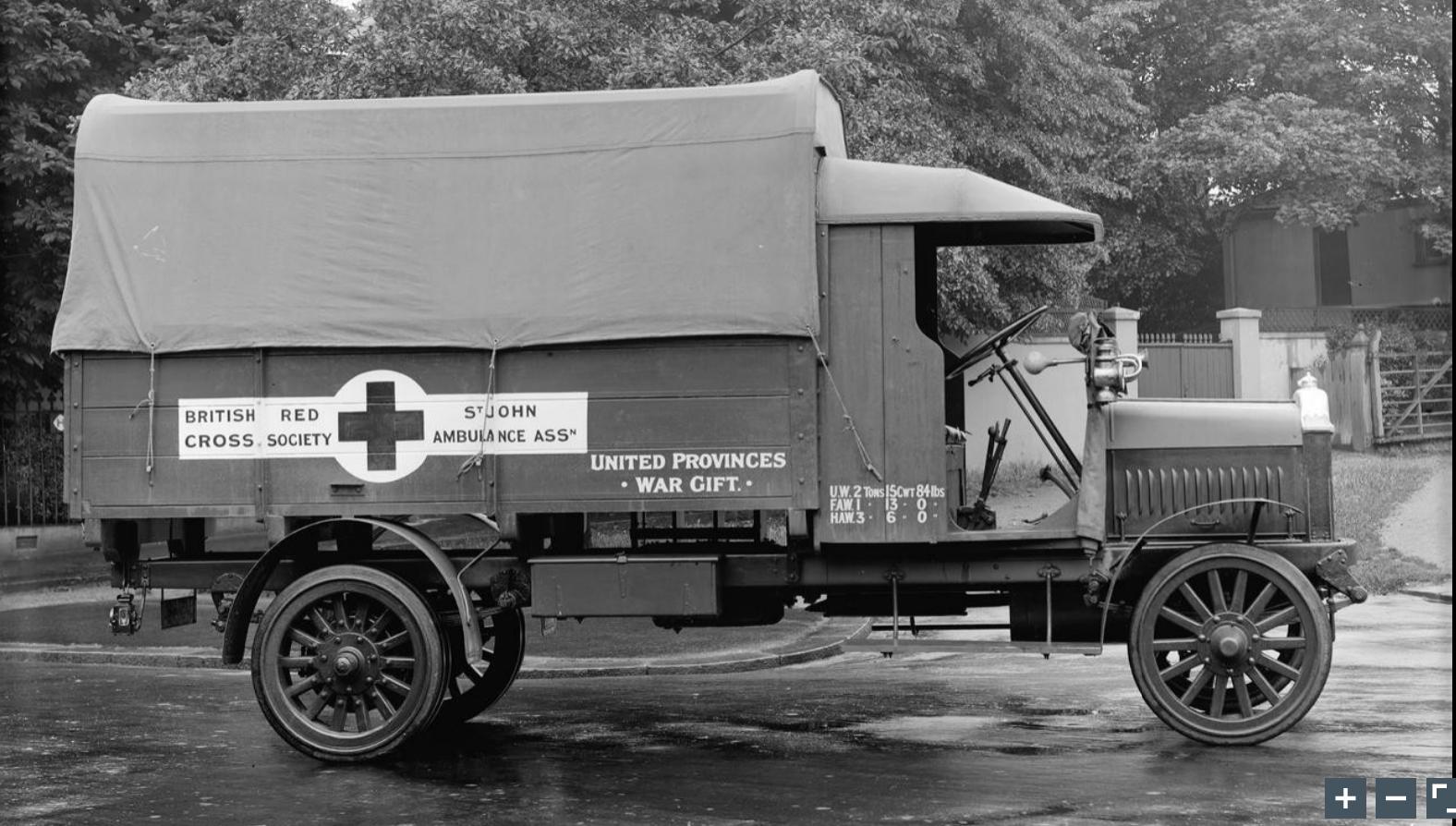 WW1 British ambulance Army truck, Ambulance, American