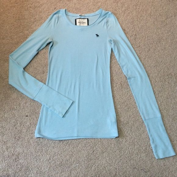 light blue abercrombie long sleeve tee first picture is the most accurate color. size XL in Abercrombie kids, fits a women's Small. very soft and comfy Abercrombie & Fitch Tops Tees - Long Sleeve