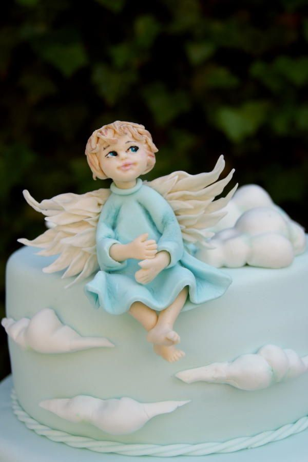 Christening cake with an angel Cake by Katarzynka Recepty na