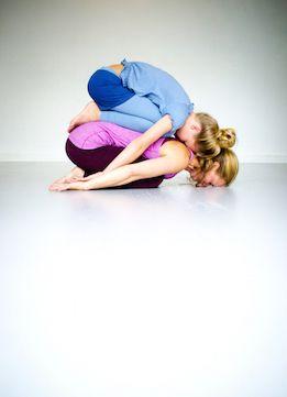 ouder  kind acroyoga  childrens yoga yoga for kids