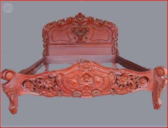 MIL ANUNCIOS.COM - Cama barroca en madera roja tallada mano | camas ...