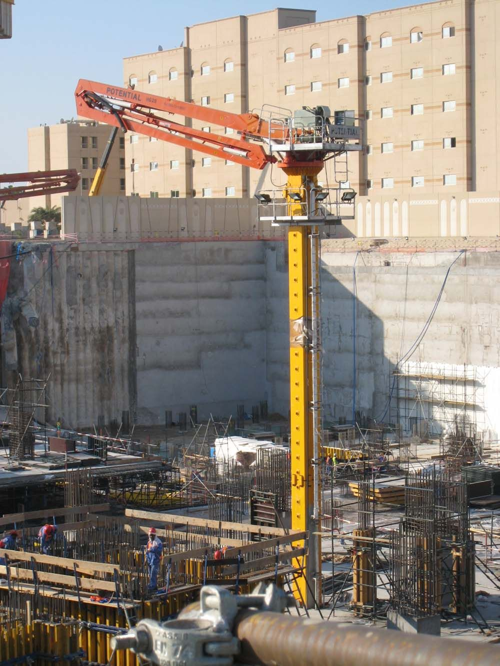 Concrete Placing Boom Is The Best Way For Large Area