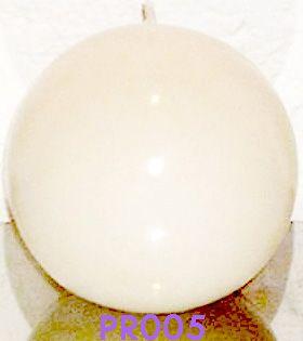 esferas, tenemos varios tamaños, Velas artesanales hechas a mano, si quieres alguna de las velas expuestas en este tablero comunicate conmigo ya sea por este medio o solicita mi correo electronico sera un placer atenderte