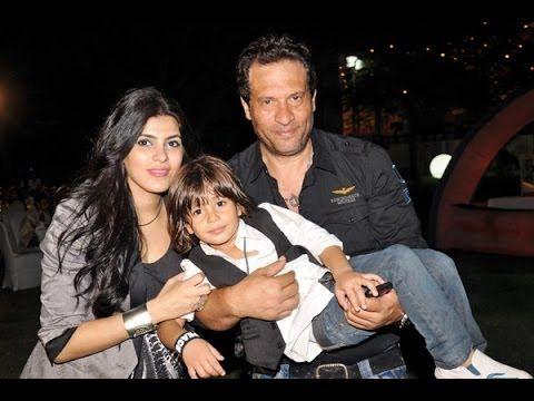 شاهد لاول مره زوجة الفنان ماجد المصرى وابنه عسل Actors Youtube Couple Photos