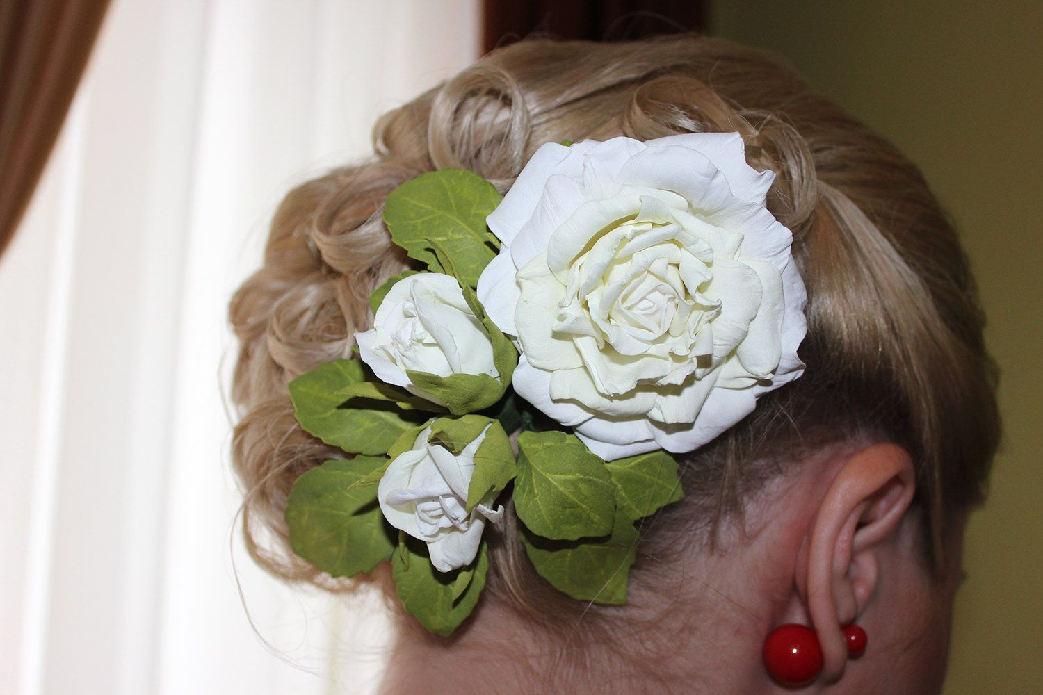 Wedding White Flower Hair Clip White Roses Flower Accessory Halo