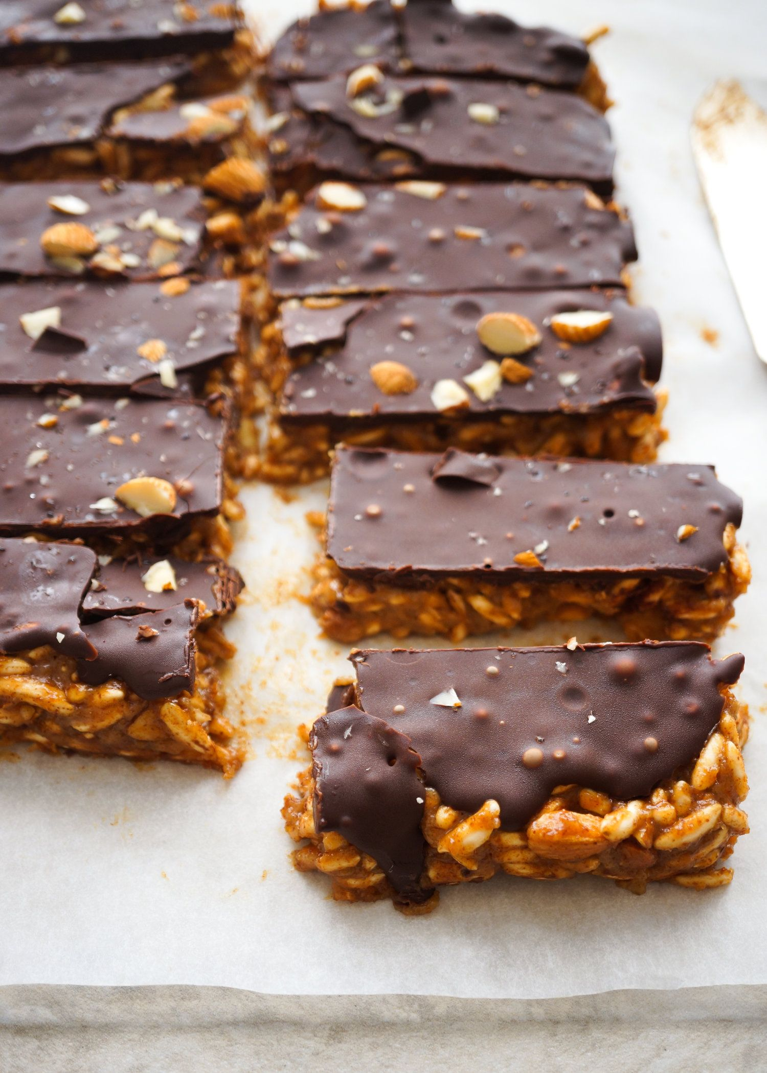 Mar 30 Almond butter caramel puffed rice bars | Dessert ...