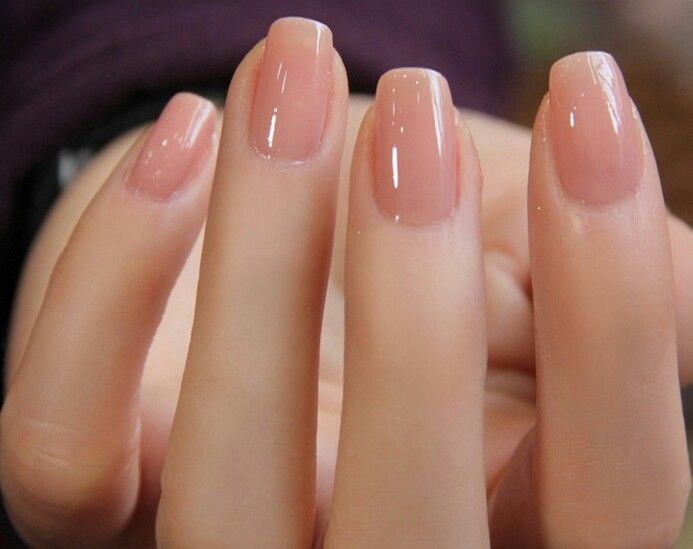 Short neutral nails, so clean and pretty looking. - Pin By Stephany Theys On Nails Pinterest Pink Nails, Nude Nails