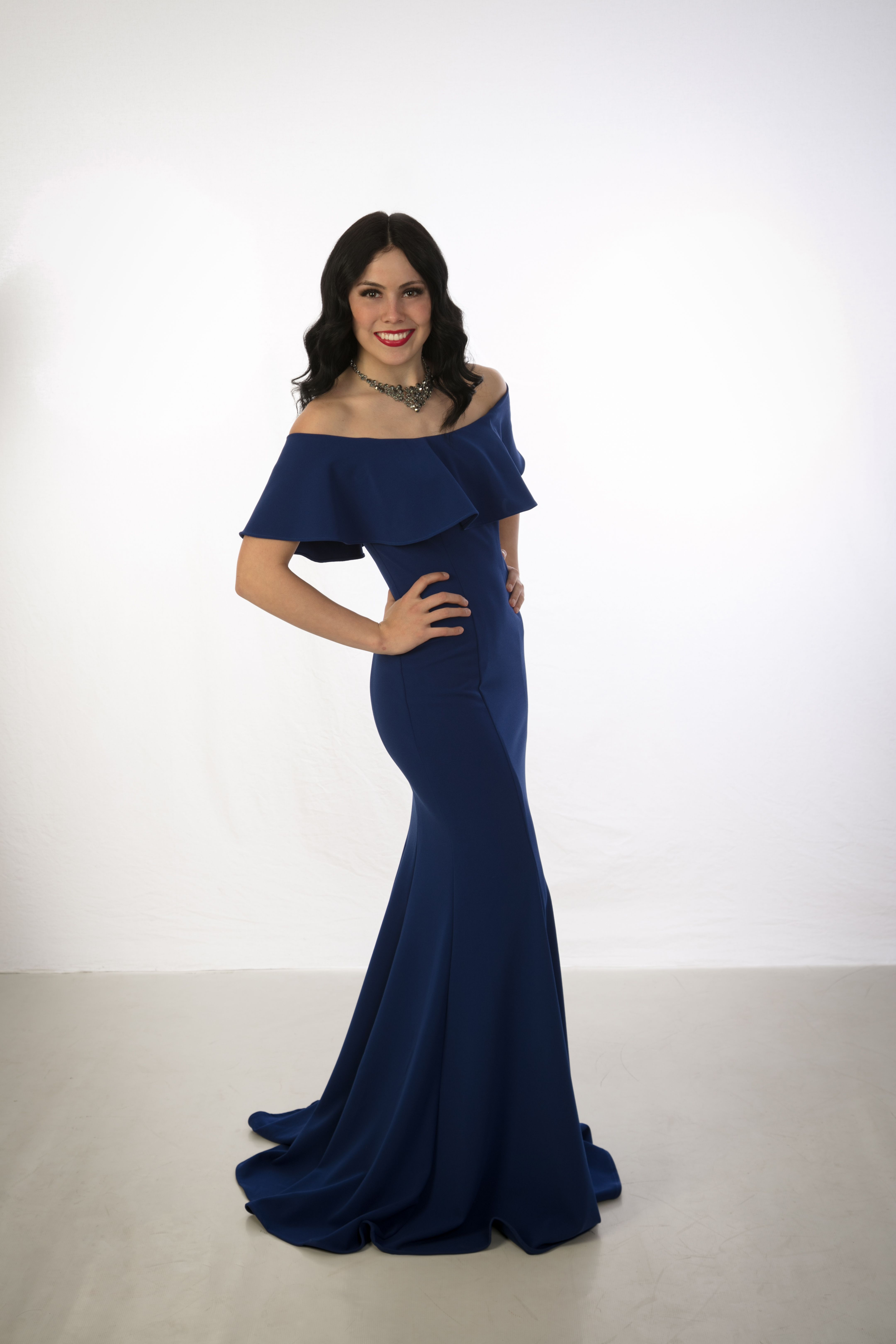Off the shoulder fitted Prom Dress   Fitted prom dresses ...