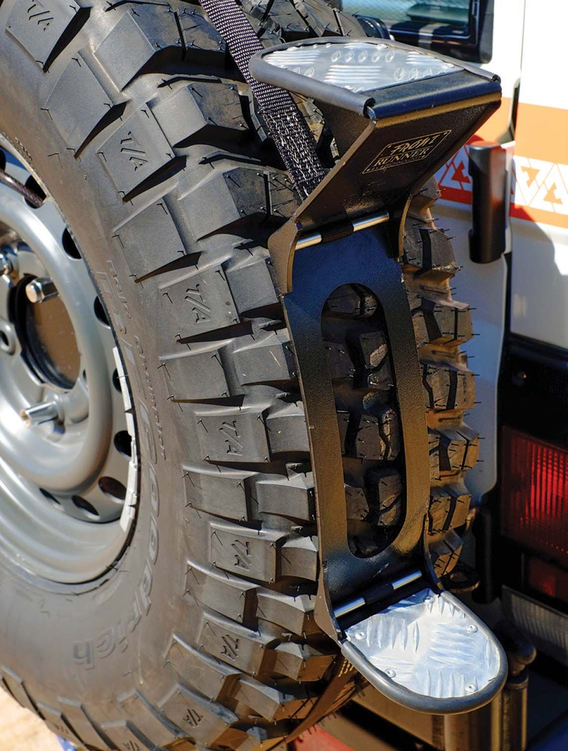 Front Runner Rear Tire Step