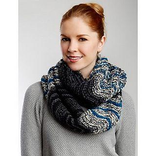 Free Pattern: Infinity Waves Scarf | Crochet scarf, Cowl ...
