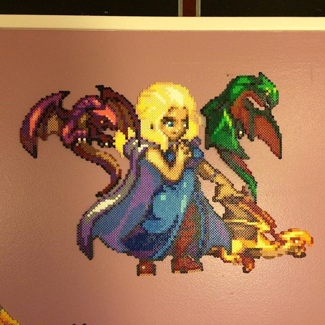 Daenerys Game of Thrones perler bead sprite by ansrath