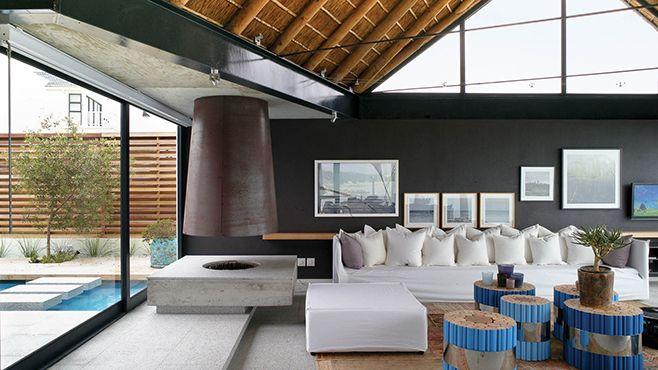 silver bay, na áfrica do sul   projeto: saota   na decoração, móveis grandes e confortáveis