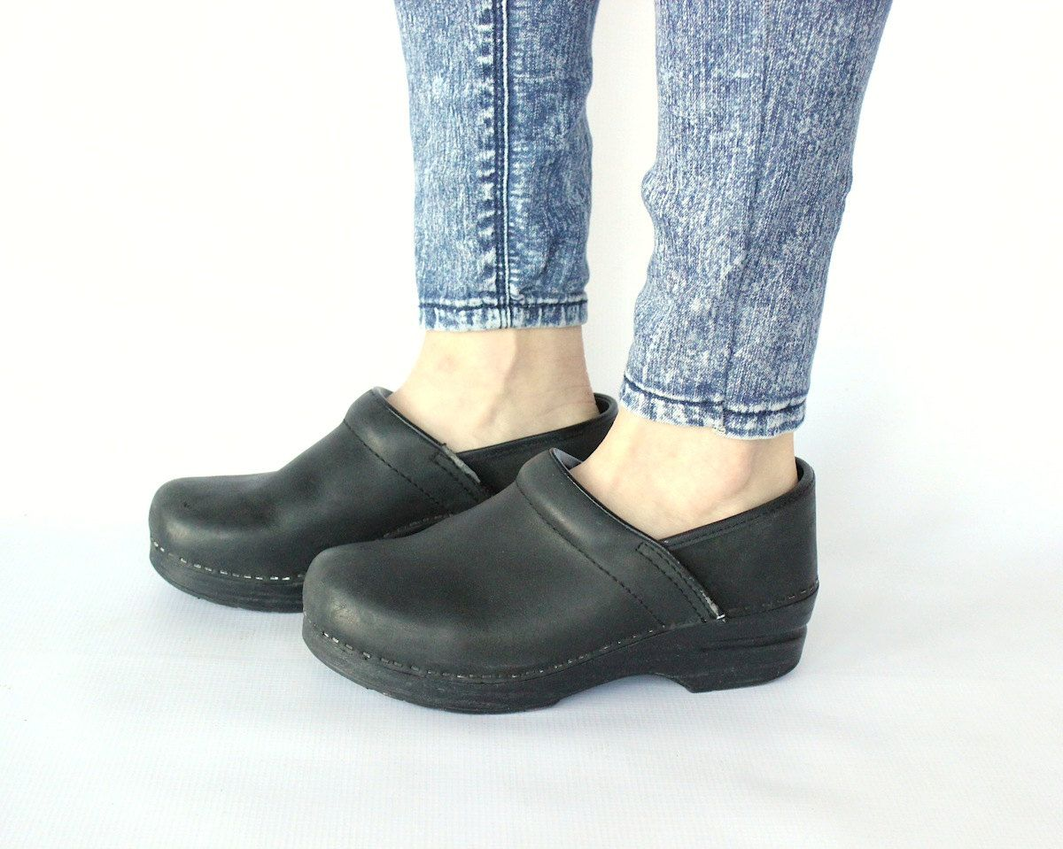 Vintage 90s Black Dansko Clogs // Classic Full Foot Leather Swedish Clogs.  $66.00,