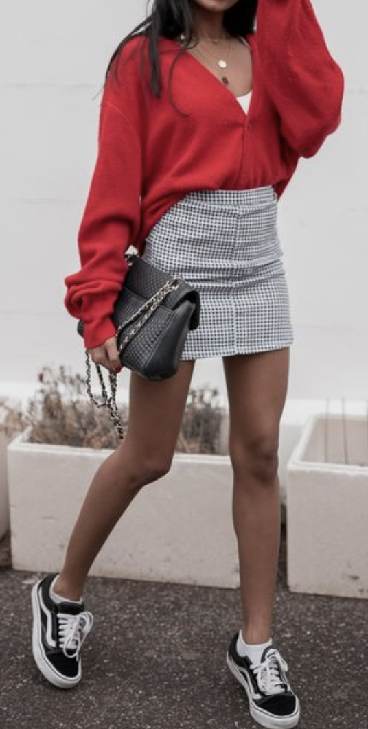 cb0a42b3d6c90a red blouse + check skirt + vans old skool  ootd