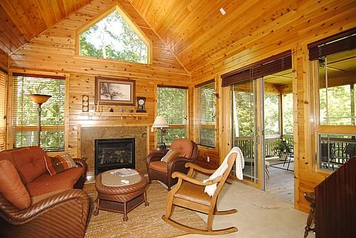 Like The Type Of Wicker Furniture Sunroom Addition Four Seasons Room Sunroom Decorating