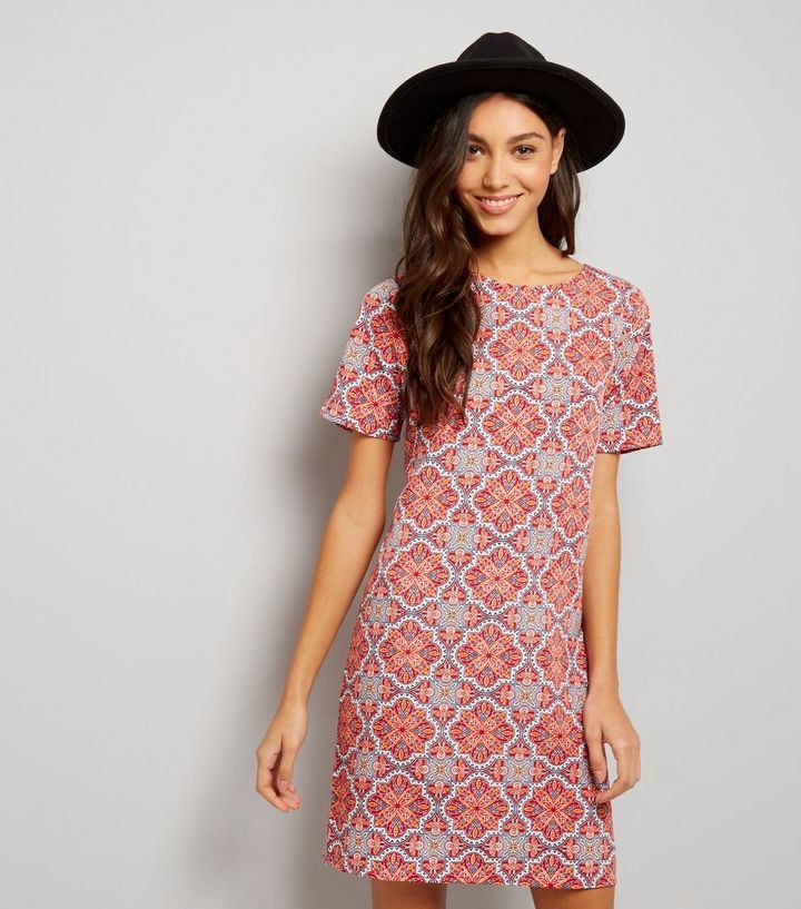 Red Tile Print Short Sleeve Tunic | New Look | fashion | Pinterest