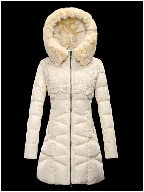 db702ca75e3 manteau moncler doudoune femme longue capuchon de fourrure blanc ...