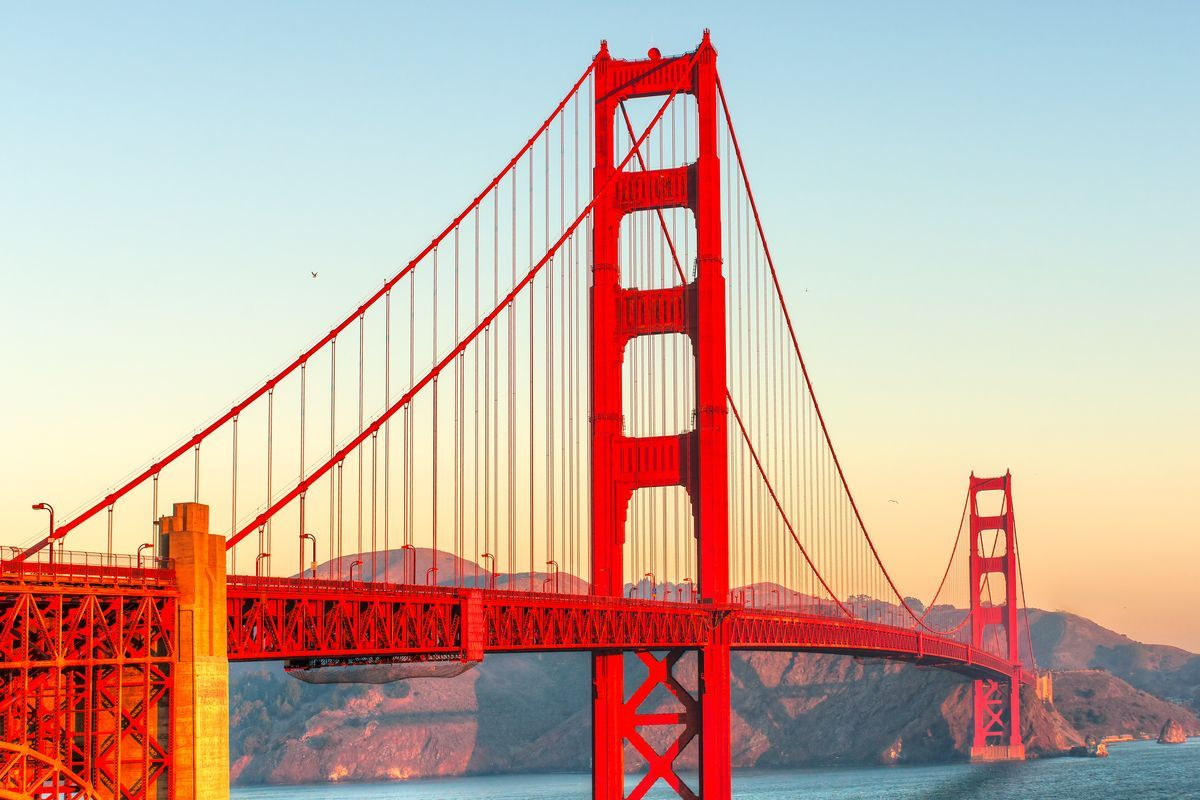 The International Orange Paint Used On The Golden Gate Bridge Is Specially Formulated To Protec Golden Gate Bridge San Francisco Golden Gate Bridge Golden Gate
