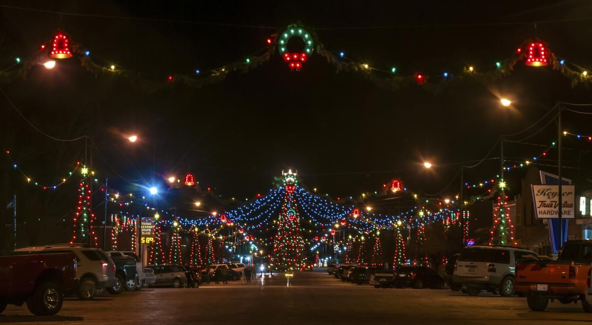 Holiday Events In Kansas In 2020 Christmas Town Magical Christmas Christmas Light Displays