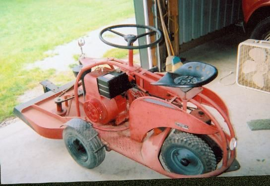 Old Lawn Tractor Google Search Lawn Mower Tractor Riding Lawn Mowers Rotary Lawn Mower