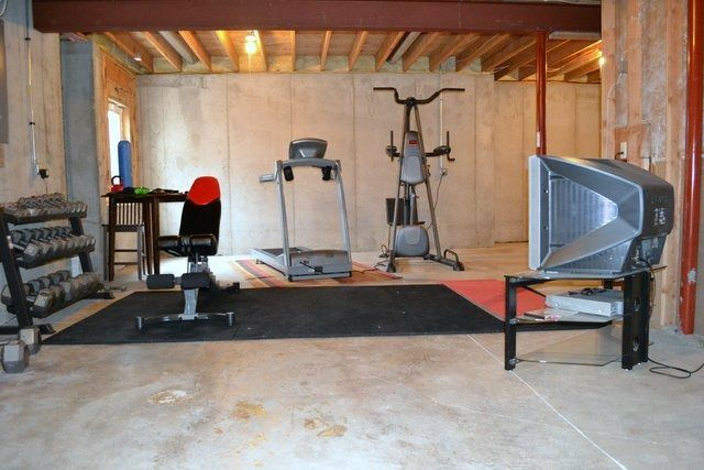 8 Awesome Diy Home Gym Picture Idea basement gym Pinterest