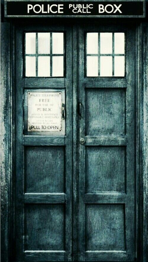My Lock Screen Doctor Who Doctor Who Wallpaper Doctor Who Tardis
