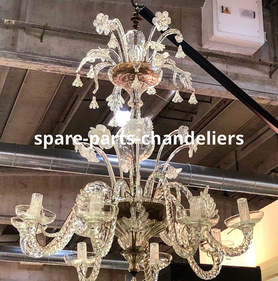 Lampadari In Vetro Soffiato.Spare Parts For Chandeliers And Mirrors In Murano Blown Glass And Crystal Nel 2020 Vetro Soffiato Lampadario In Vetro Lampadari