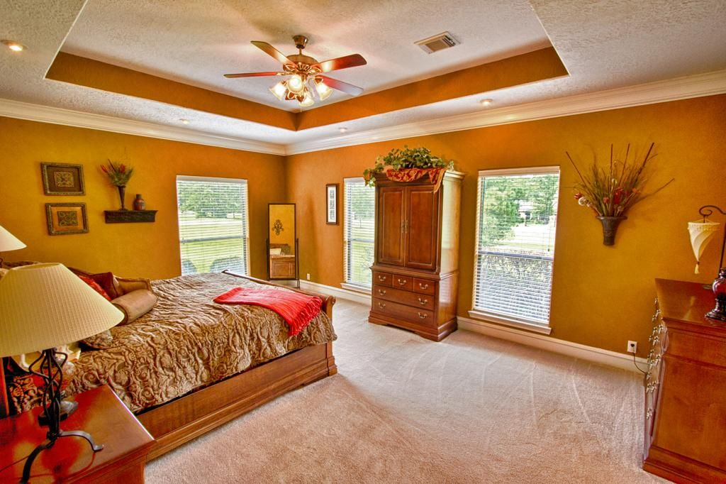 Picture of Recessed Ceiling Fan for A Sleek Ceiling Look ...