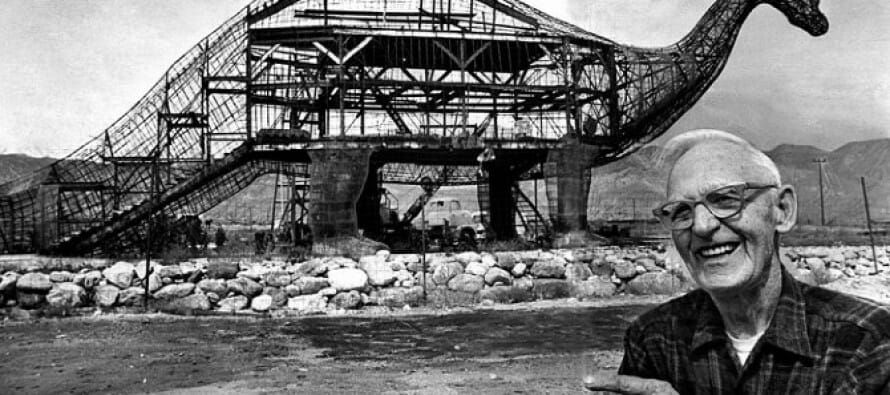 History of the Cabazon Dinosaurs, Claude K. Bell, 1960's – Coachella Valley #historyofdinosaurs