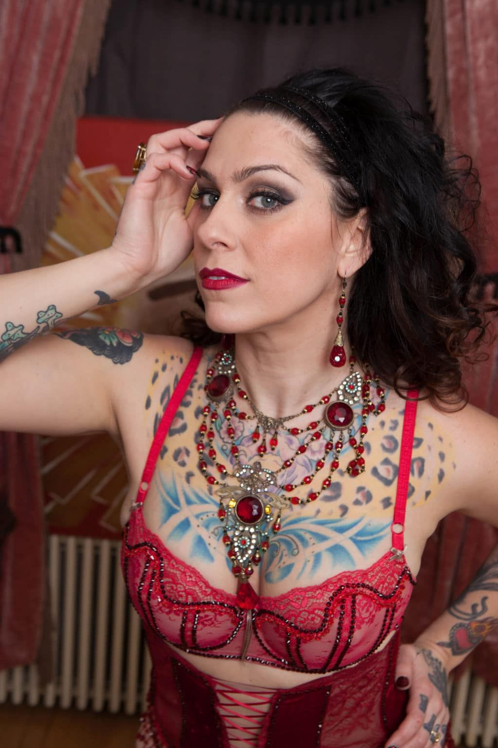 American Pickers Danielle Colby Naked american pickers danielle colby instagram - photos
