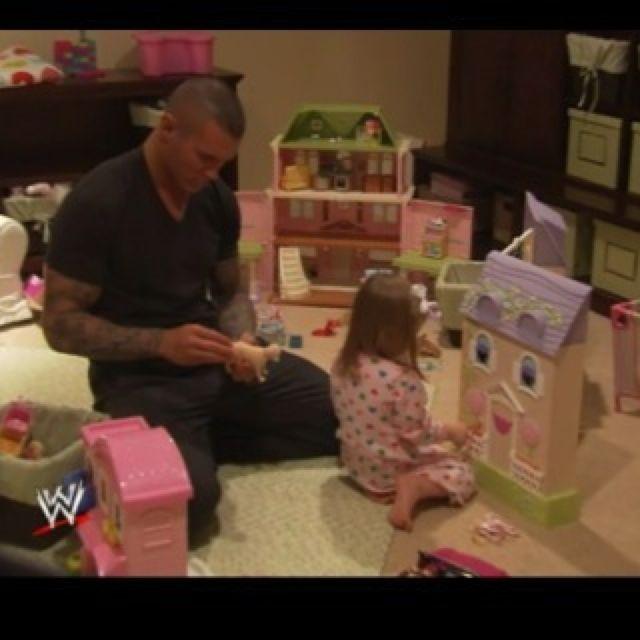 Soo sweet. Randy orton WWE awe a real man who plays with ...