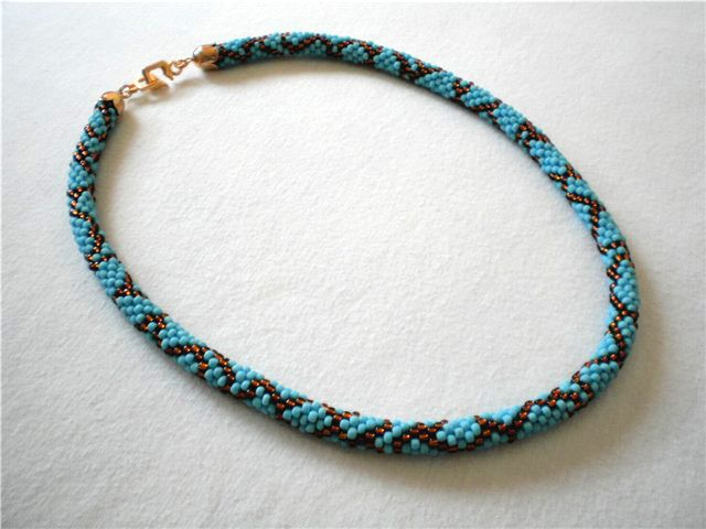 Free pattern for beaded crochet rope Blue Snake | ESQUEMAS CROCHET ...