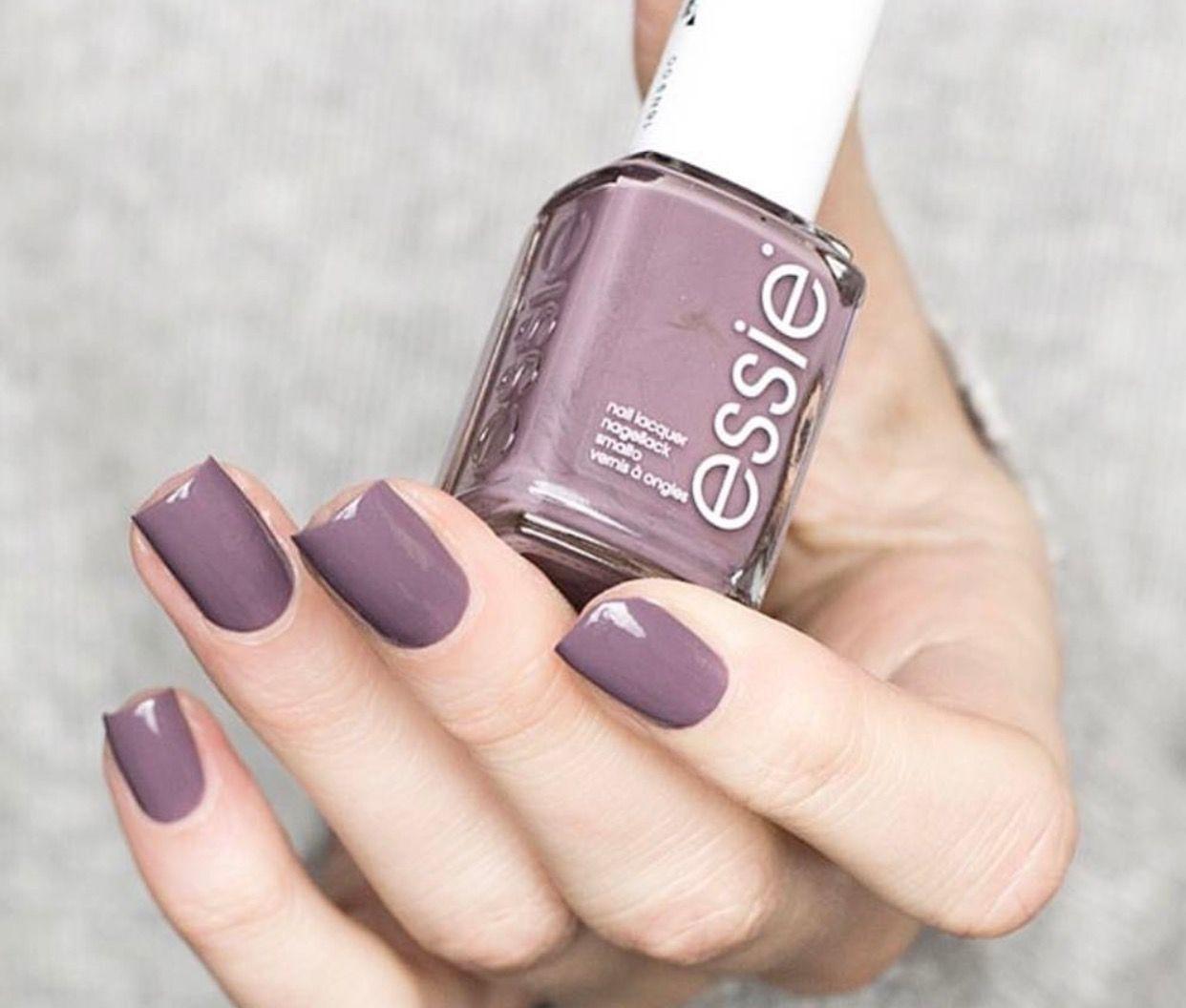 Pin by Yomna Mostafa on nail polish | Pinterest | Skin makeup, Mani ...