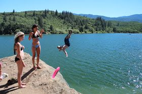 After leaving Bend, Or. we drove back to Ashland. Here is an awesome boon-docking spot that we found along the way.        We stopped off a...